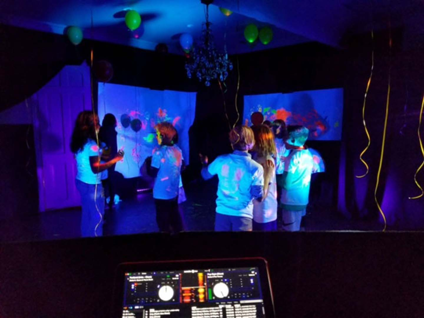 Interactive DJ experience image 4